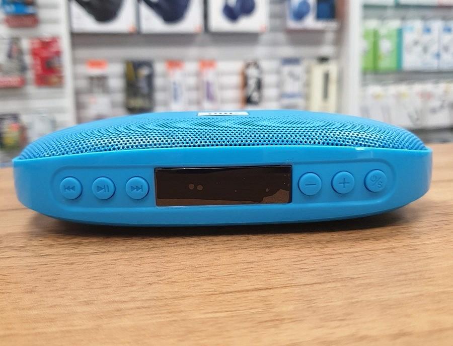 JBL Tune передняя панель